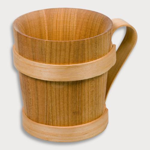 Bierkrug aus Holz.