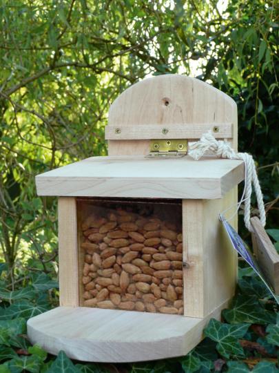 Eichhörnchen-Futterhaus.