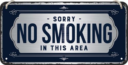 Hängeschild »No Smoking«.