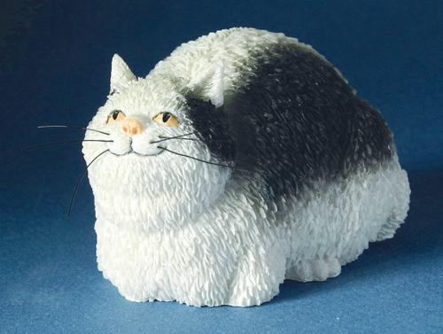 Kleine Katzen-Skulptur, schwarz/weiß.
