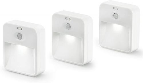 3 LED-Leuchten mit Bewegungsmeldern.