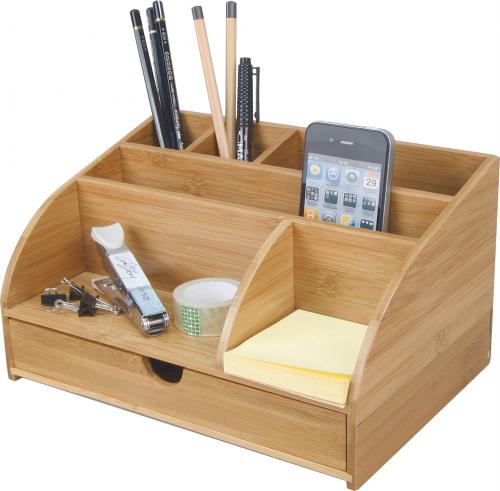 Schreibtisch-Organizer aus Bambus.