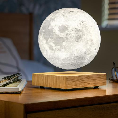 Schwebende Mondlampe.