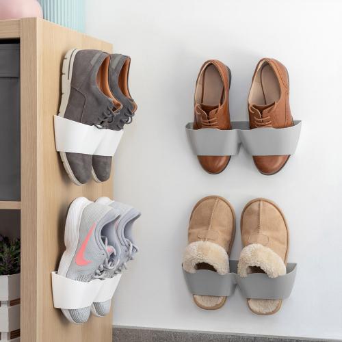 Selbstklebende Schuhhalter.