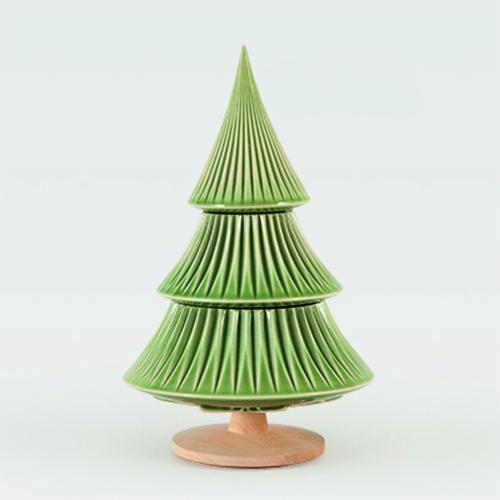Tannenbaum aus Keramik, grün.