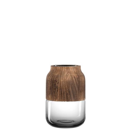 Kleine Vase im Landhausstil.
