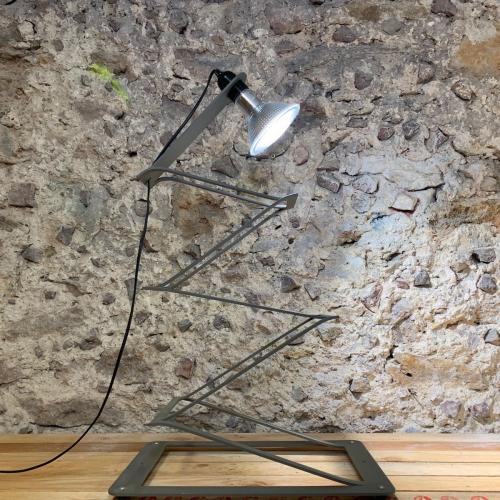 Ziehharmonika-Lampe, 120 cm.