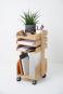 Büro-Rollwagen aus Holz. Bild 1