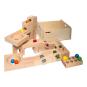 Kugelbahn aus Holz mit Klangplatten. Bild 1