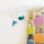 Designer-Mobile mit Walfisch-Baby »Léo«. Bild 2