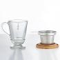 Teeglas mit Sieb und Holzdeckel. Bild 2