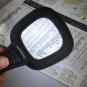 3-fach-Lupe mit LED und UV-Licht. Bild 3