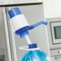 Wasserspender für XL-Flaschen. Bild 3